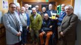 Club MOL van de Serviceclub Fifty-One International schenkt een AED toestel aan Mol Tennis Club